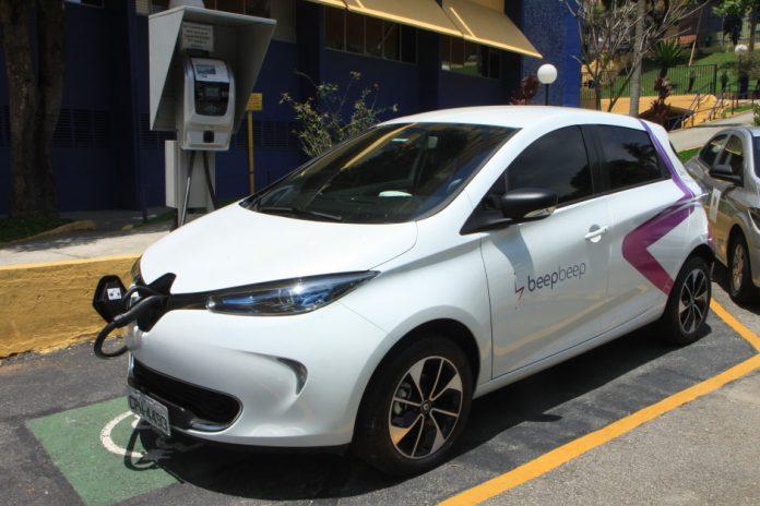 Carros elétricos compartilhados-urbanova